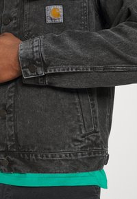 Carhartt WIP - STETSON JACKET PARKLAND - Giacca di jeans - black worn washed - 5