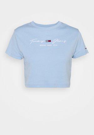 BABY TEE - Print T-shirt - light powdery blue