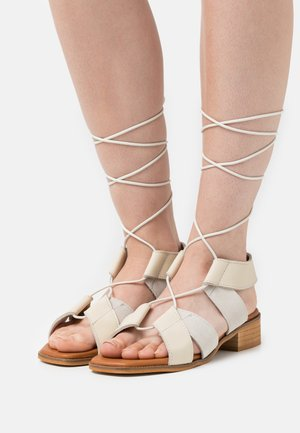 Sandals - ibory/hielo
