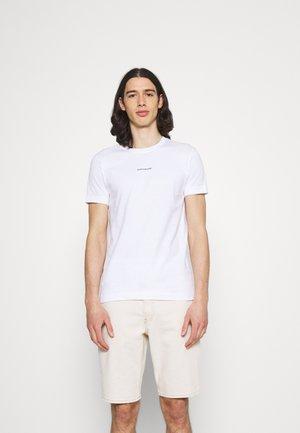 MICRO BRANDING ESSENTIAL TEE - T-shirts - white