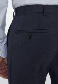 Van Gils - SPLIT BUCK NOOS - Suit trousers - blue - 3