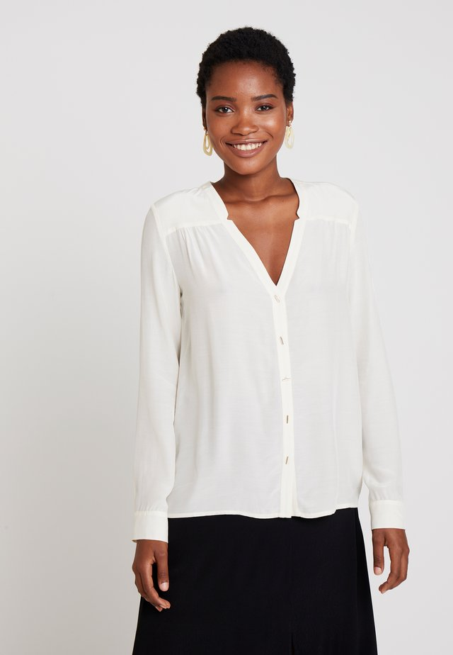 GATHERED FRONT - Blouse - champagne
