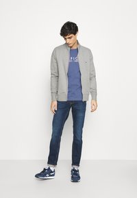 Tommy Hilfiger - CORE ZIP THROUGH - veste en sweat zippée - grey