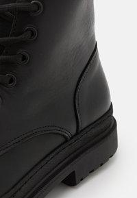 River Island - Šněrovací kotníkové boty - black - 5