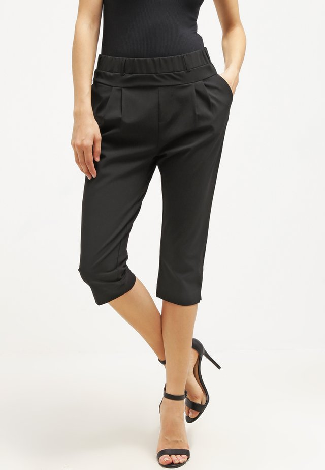 JILLIAN CAPRI PANTS - Shorts - black deep