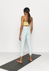 Cotton On Body - REVERSIBLE 7/8 - Leggings - mint chip - 2