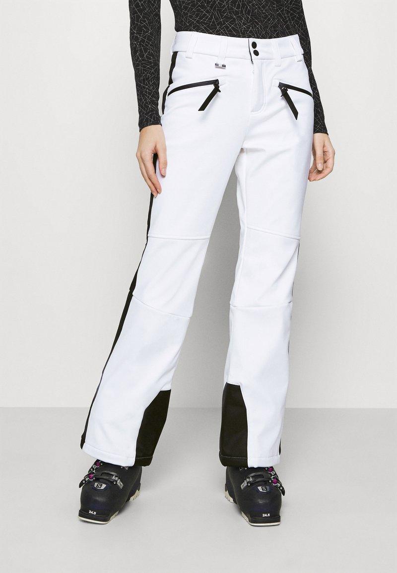 Superdry - SLALOM SLIM - Spodnie narciarskie - white