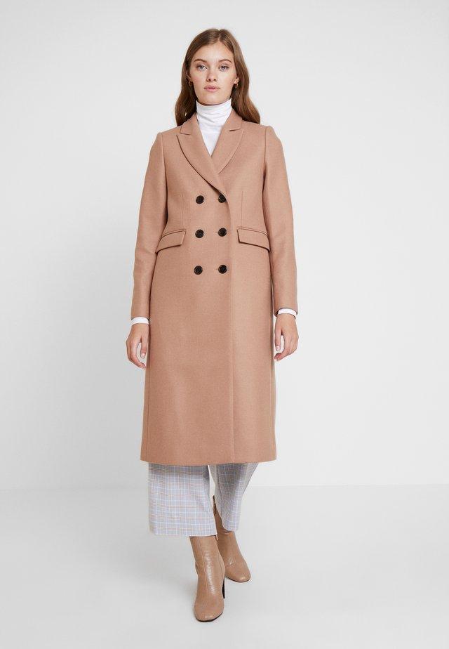 CLASSIC DOUBLE BREASTED COAT - Cappotto classico - winter camel