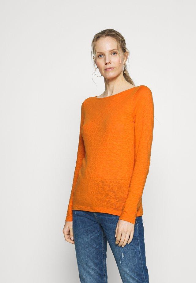 Camiseta de manga larga - sunbaked orange