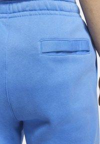 Nike Sportswear - CLUB - Pantaloni sportivi - pacific blue/white - 6