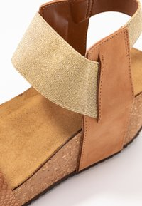 Copenhagen Shoes - DANIELA  - Sandály na platformě - cognac - 2