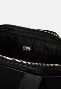 KARL LAGERFELD - GUILLAUME LAP SLEEVE - Briefcase - black - 3