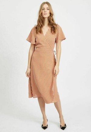 Day dress - adobe