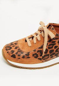usha - Zapatillas - brown - 6