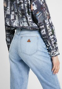 Abrand Jeans - HIGH - Straight leg jeans - wildlife - 3