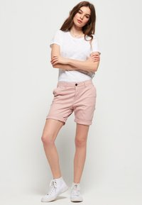 Superdry - CITY - Shorts - pink - 1