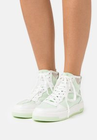 Call it Spring - KAYLEE - Sneakers hoog - light green - 0