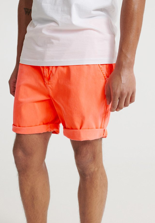 SUNSCORCHED - Shorts - fluro coral
