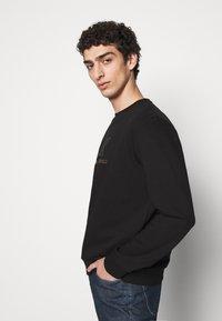 KARL LAGERFELD - CREWNECK - Sweatshirt - black - 3