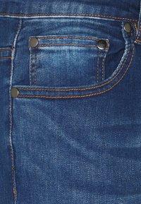 CLOSURE London - RIPPED SLIM FIT  - Slim fit jeans - blue - 6