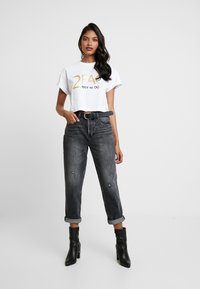 Replay - 2PAC TEE - Print T-shirt - white - 1