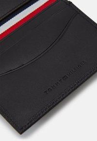 Tommy Hilfiger - BUSINESS BIFOLD - Business card holder - black - 3