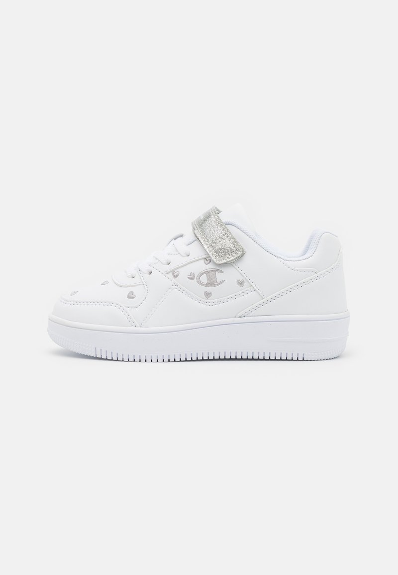 Champion - LOW CUT SHOE REBOUND - Basketball shoes - white