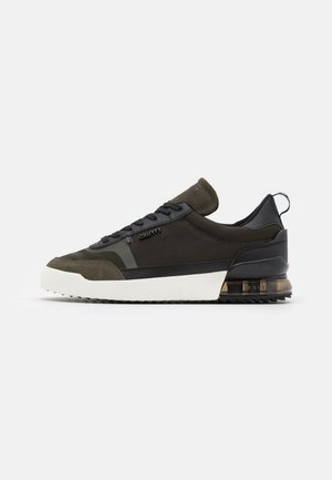CONTRA - Sneakers laag - green/black
