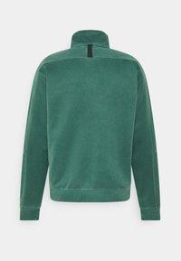 Nike Sportswear - WASH REVIVAL - Chaqueta de entrenamiento - galactic jade - 1