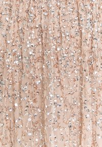 Maya Deluxe - ALL OVER SEQUIN DRESS - Galajurk - taupe blush - 2
