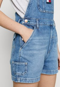 Tommy Jeans - DUNGAREE - Dungarees - blue denim - 5