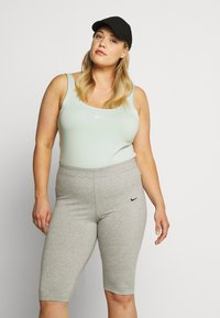 Nike Sportswear - W NSW ESSNTL - Leotard - pistachio frost/white - 3