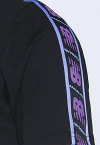 New Balance - ATHLETICS TOKYO NIGHTS TRACK - Print T-shirt - black - 2