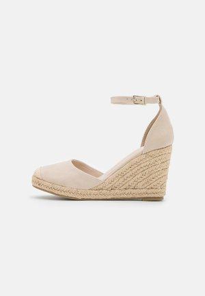 FLORENCE CLOSED TOE  - High heels - bone