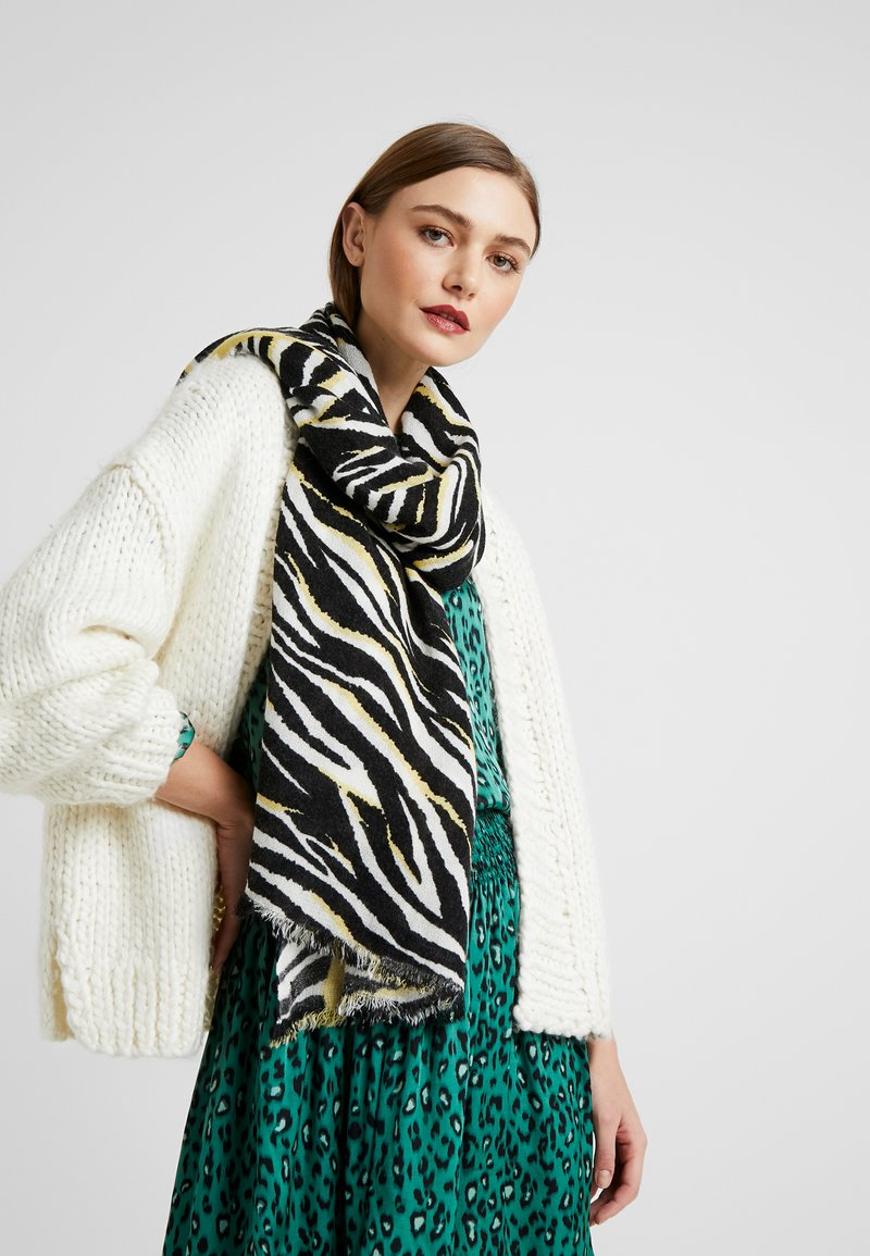 Esprit - SOFTZEBRASCARF - Sjal - black