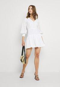 Lace & Beads - ELIZA DRESS - Košilové šaty - white - 1