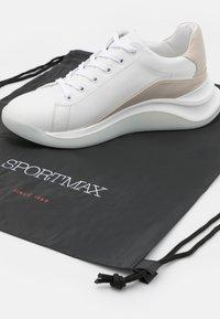 Sportmax - ROBERTA - Sneakers laag - bianco - 3