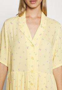 Monki - MATTIS DRESS - Skjortekjole - yellow - 5