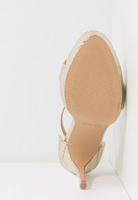ALDO - MADALENE - High heeled sandals - gold - 6