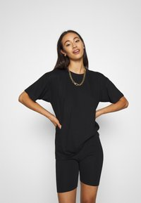 Missguided - LOCKDOWN CLUB GRAPHIC TEE - Print T-shirt - black - 0