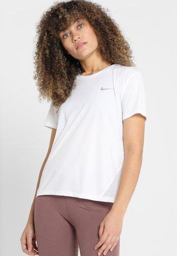 MILER - Printtipaita - white