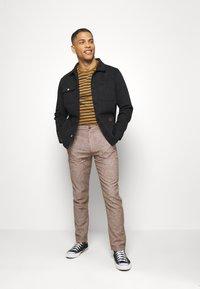 Springfield - PANT TEXTURAS - Kalhoty - dark brown - 1