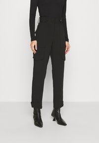 Guess - PAYTON PANTS - Trousers - jet black - 0