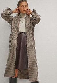 Massimo Dutti - Classic coat - beige - 4