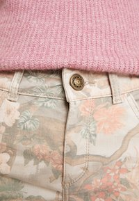 Mos Mosh - SUMNER RIO PANT - Slim fit jeans - rose flower - 5