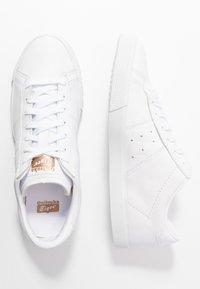 Onitsuka Tiger - LAWNSHIP 3.0 - Sneakers - white - 3