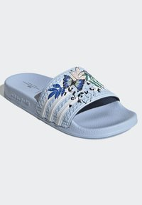 adidas Originals - ADILETTE ORIGINALS - Chanclas de baño - blue - 4
