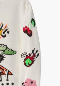 Scotch & Soda - CREWNECK WITH ARTWORKS - Sweatshirt - off white - 3