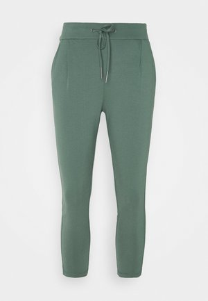 VMEVA LOOSE STRING PANTS - Pantalon classique - balsam green