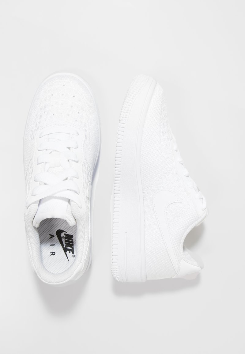 Nike Sportswear - AIR FORCE 1 FLYKNIT - Trainers - white